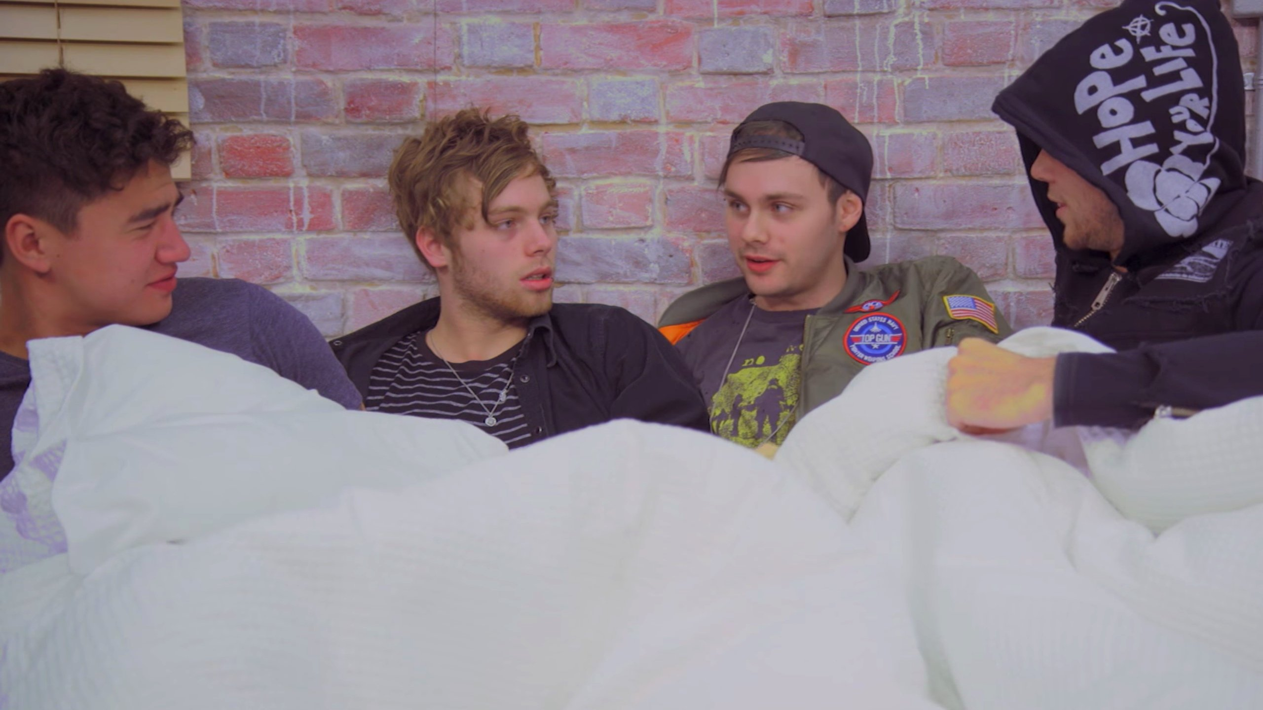 5SOS, Justin Bieber, Troye Sivan & More Star In Safe For