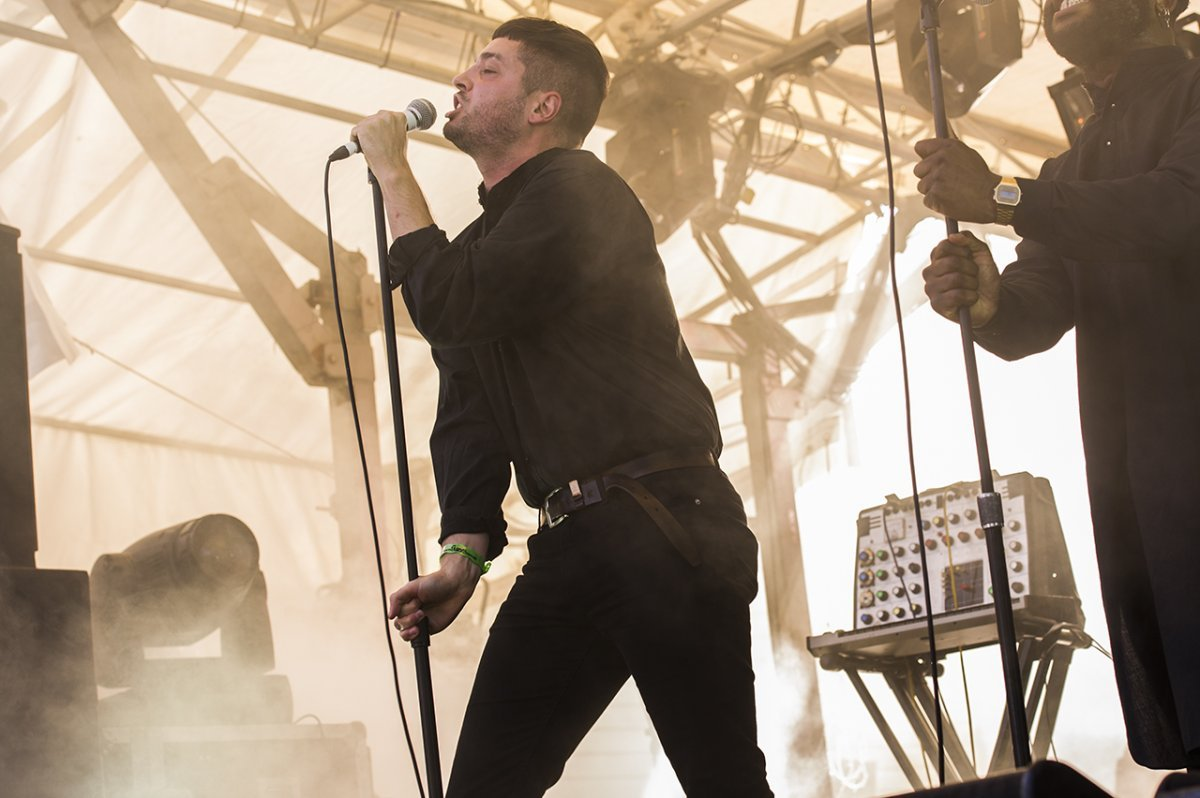 03YoungFathers05