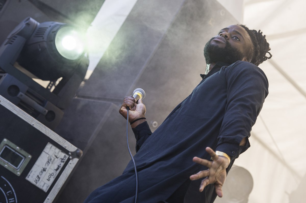 03YoungFathers10