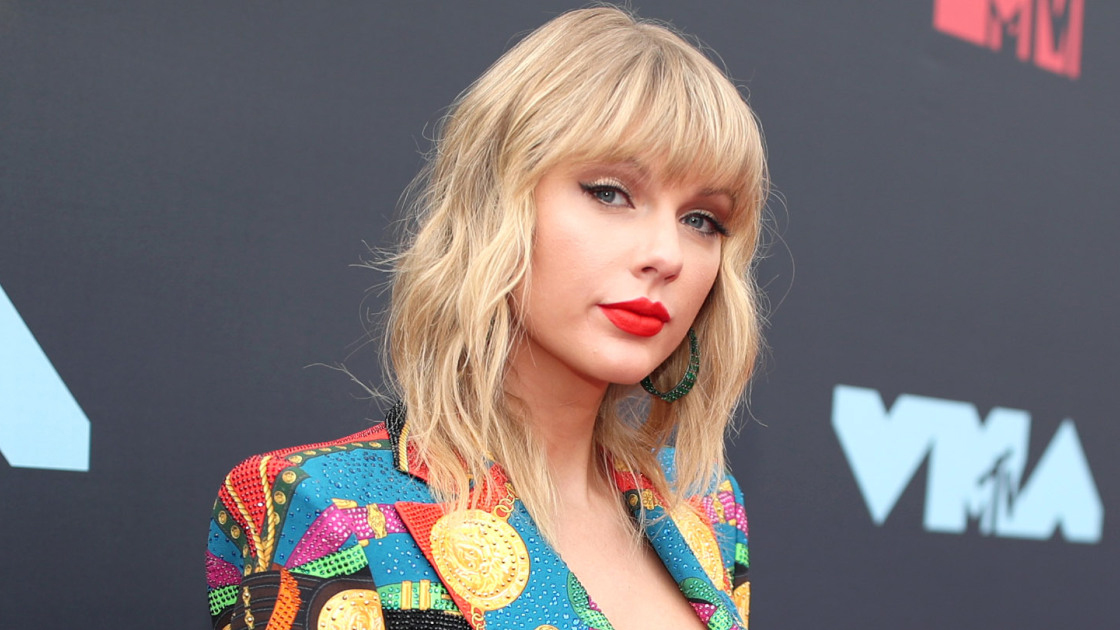 Taylor Swift Cancels Melbourne Cup Appearance Due To Scheduling Conflicts